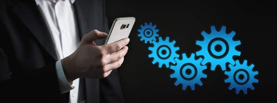 """smartphone 3685841 960 720 - """"Digitalisierung ist ein gesellschaftliches Konzept"""" – Interview mit Thomas Koch"""